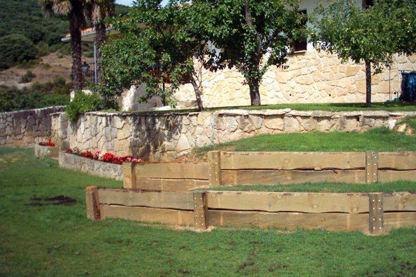 Traviesas Ostadar Jardín01